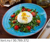 Купить «Burrata salad with arugula and tomatoes», фото № 30789372, снято 22 июля 2019 г. (c) Яков Филимонов / Фотобанк Лори