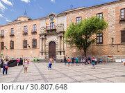 Купить «Толедо, Испания. Епископский дворец», фото № 30807648, снято 25 июня 2017 г. (c) Rokhin Valery / Фотобанк Лори