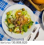 Купить «Salad Manchego», фото № 30808820, снято 5 июля 2020 г. (c) Яков Филимонов / Фотобанк Лори
