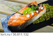 Купить «Grilled steak of salmon with broccoli», фото № 30811132, снято 14 декабря 2019 г. (c) Яков Филимонов / Фотобанк Лори