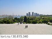 Купить «Pyongyang, North Korea», фото № 30815340, снято 1 мая 2019 г. (c) Знаменский Олег / Фотобанк Лори