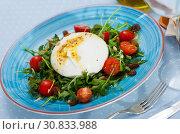 Купить «Burrata salad with arugula and tomatoes», фото № 30833988, снято 22 июля 2019 г. (c) Яков Филимонов / Фотобанк Лори