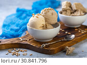 Купить «Artisanal ice cream with sunflower oil and halva», фото № 30841796, снято 25 мая 2019 г. (c) Марина Сапрунова / Фотобанк Лори