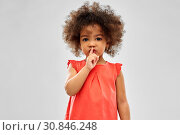 Купить «little african american girl making shush gesture», фото № 30846248, снято 9 марта 2019 г. (c) Syda Productions / Фотобанк Лори