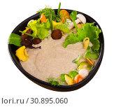 Купить «Mushroom creamy soup with shitake, served with vegetables and greens», фото № 30895060, снято 20 июня 2019 г. (c) Яков Филимонов / Фотобанк Лори