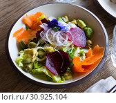 Купить «Appetizing salad with endive, palms hearts, avocado and radish», фото № 30925104, снято 26 августа 2019 г. (c) Яков Филимонов / Фотобанк Лори