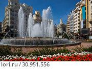 Central square of Valencia (2019 год). Стоковое фото, фотограф Яков Филимонов / Фотобанк Лори