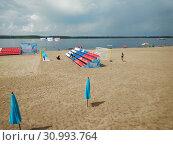 Пляжный волейбол на Самарском пляже (2019 год). Редакционное фото, фотограф Кургузкин Константин Владимирович / Фотобанк Лори