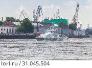Купить «Grachonok-class anti-saboteur ship», фото № 31045504, снято 28 июля 2017 г. (c) EugeneSergeev / Фотобанк Лори