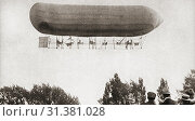 The Barton-Rawson Airship leaving Alexandra Palace, London, England in 1905 on its first and unsuccessful flight. From The Pageant of the Century, published 1934. Редакционное фото, фотограф Classic Vision / age Fotostock / Фотобанк Лори