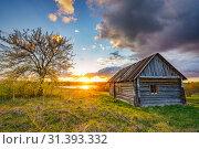 Купить «Colorful sunset in a countryside», фото № 31393332, снято 3 мая 2019 г. (c) Sergey Borisov / Фотобанк Лори
