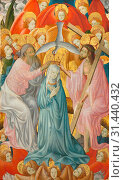 The Coronation of the Virgin with the Trinity, c. 1400. Master of Rubielos de Mora (Spanish). Oil on panel, framed: 158.4 x 101.5 x 9.5 cm (62 3/8 x 39... (2019 год). Редакционное фото, фотограф Liszt Collection / age Fotostock / Фотобанк Лори