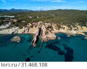 Aerial phto of Palma de Mallorca coastal seaside stony beaches turquoise colored Mediterranean Sea water panoramic waterside view from above, Balearic Islands, Spain (2019 год). Стоковое фото, фотограф Alexander Tihonovs / Фотобанк Лори