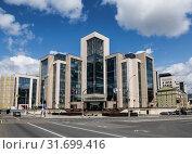 Купить «Lukoil oil company head office, Moscow, Russia», фото № 31699416, снято 20 июля 2019 г. (c) Наталья Волкова / Фотобанк Лори