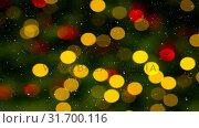 Купить «Falling snow and Christmas lights decoration», видеоролик № 31700116, снято 2 ноября 2018 г. (c) Wavebreak Media / Фотобанк Лори