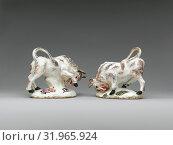 Купить «Charging bull (one of a pair), ca. 1750, British, Derby, Soft-paste porcelain, Overall (confirmed): 4 3/4 × 5 7/16 × 3 1/16 in. (12.1 × 13.8 × 7.8 cm), Ceramics-Porcelain», фото № 31965924, снято 18 мая 2017 г. (c) age Fotostock / Фотобанк Лори