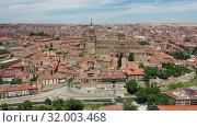 Купить «Salamanca Cathedral and historical center of city, Spain», видеоролик № 32003468, снято 17 июня 2019 г. (c) Яков Филимонов / Фотобанк Лори