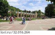 Купить «Кисловодск, Нарзанная галерея», видеоролик № 32016264, снято 10 июня 2019 г. (c) Валерий Шилов / Фотобанк Лори