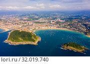 View from drone of San Sebastian, Basque Country (2019 год). Стоковое фото, фотограф Яков Филимонов / Фотобанк Лори