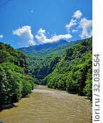 Mountains covered by forest, river. summer beautiful landscape (2019 год). Редакционное фото, фотограф vlasova / Фотобанк Лори