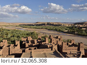 Ksar of Ait-Ben-Haddou, Ounila River valley, Ouarzazate Province, region of Draa-Tafilalet, Morocco, North West Africa. Стоковое фото, фотограф Christian Goupi / age Fotostock / Фотобанк Лори