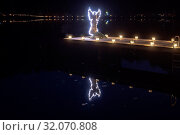 Laternenzauber in Höglwörth auf dem Weg um den See. Стоковое фото, фотограф RoHa-Fotothek Fürmann / age Fotostock / Фотобанк Лори