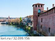 Travel to Italy - cityscape with castelvecchio castle and Adige river in Verona city in spring. Стоковое фото, фотограф Zoonar.com/Valery Voennyy / easy Fotostock / Фотобанк Лори
