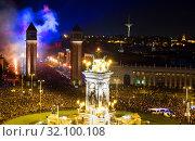 Купить «New Year night at Placa Espana in Barcelona», фото № 32100108, снято 31 декабря 2016 г. (c) Яков Филимонов / Фотобанк Лори