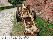 German field gun sIG 33 at the Belgrade military museum (2019 год). Редакционное фото, фотограф Михаил Никитин / Фотобанк Лори