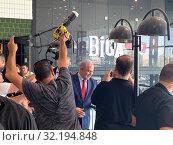 Купить «Встреча Премьер министра Израиля Биньямина Нетаниягу с избирателями в рамках предвыборной компании», фото № 32194848, снято 10 сентября 2019 г. (c) Irina Opachevsky / Фотобанк Лори