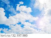 Купить «Небесный закатный пейзаж. Синее небо. Blue sky background. Picturesque colorful clouds lit by sunlight. Picturesque sky view», фото № 32197980, снято 3 июля 2018 г. (c) Зезелина Марина / Фотобанк Лори