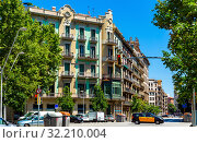 Купить «Eixample district - most beautiful area of Barcelona. Spain», фото № 32210004, снято 28 июля 2019 г. (c) Яков Филимонов / Фотобанк Лори