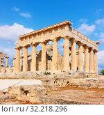 Купить «Temple of Aphaea in Aegina», фото № 32218296, снято 13 сентября 2019 г. (c) Роман Сигаев / Фотобанк Лори