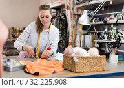 Купить «Woman is doing modern patterns for new fashion collection», фото № 32225908, снято 5 мая 2018 г. (c) Яков Филимонов / Фотобанк Лори