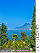 STRESA, ITALY, AUGUST 04, 2019: Scenic view of the Isola Bella, Lago Maggiore. Редакционное фото, фотограф Григорий Стоякин / Фотобанк Лори