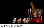 Купить «Champagne and Christmas and New Year decorations», фото № 32238844, снято 4 декабря 2018 г. (c) Мельников Дмитрий / Фотобанк Лори