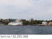 Купить «Южная бухта Севастопольского морского порта, Крым», фото № 32255368, снято 24 июля 2019 г. (c) Николай Мухорин / Фотобанк Лори