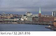 Купить «Современный городской пейзаж облачным мартовским днем. Стокгольм, Швеция», видеоролик № 32261816, снято 9 марта 2019 г. (c) Виктор Карасев / Фотобанк Лори