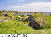 Купить «Scenic view of the coastal battery and powder magazines Kustaanmiekka island of Suomenlinna fortress (or Sveaborg), Helsinki, Finland», фото № 32271492, снято 23 мая 2019 г. (c) Юлия Бабкина / Фотобанк Лори