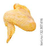 Купить «Uncooked wings of yellow chicken», фото № 32307616, снято 22 октября 2019 г. (c) Яков Филимонов / Фотобанк Лори