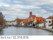 Isar river in Landshut, Germany (2018 год). Стоковое фото, фотограф Boris Breytman / Фотобанк Лори