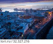 View of illuminated Cadiz town (2019 год). Стоковое фото, фотограф Яков Филимонов / Фотобанк Лори