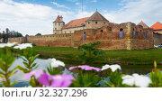 Купить «Image of Castle in Fagaras», фото № 32327296, снято 17 сентября 2017 г. (c) Яков Филимонов / Фотобанк Лори