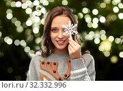 Купить «woman in christmas sweater with reindeer pattern», фото № 32332996, снято 9 декабря 2018 г. (c) Syda Productions / Фотобанк Лори