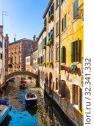 Купить «Venice with colorful buildings and canals, popular destination of Italy», фото № 32341332, снято 5 сентября 2019 г. (c) Яков Филимонов / Фотобанк Лори