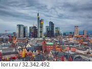 View on Frankfurt at dusk (2012 год). Стоковое фото, фотограф Sergey Borisov / Фотобанк Лори