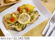 Купить «Refreshing salmon with vegetable garnish», фото № 32343588, снято 21 ноября 2019 г. (c) Яков Филимонов / Фотобанк Лори