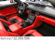 Mercedes-Benz SLS AMG (2019 год). Редакционное фото, фотограф Art Konovalov / Фотобанк Лори
