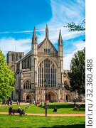 Winchester Cathedral, Winchester, Hampshire, England, United Kingdom, Europe. Стоковое фото, фотограф Andrew Michael / age Fotostock / Фотобанк Лори