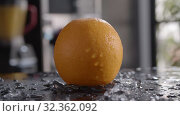 Orange for refreshing and healthy drinks. Стоковое видео, видеограф Данил Руденко / Фотобанк Лори